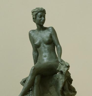 Sitting nude, Etude.